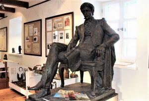 Teodoro von Grotuso(Theodor von Grotthuss) skulptūra (gipsas), esanti Žiemgalos muziejuje | lma.lt nuotr.