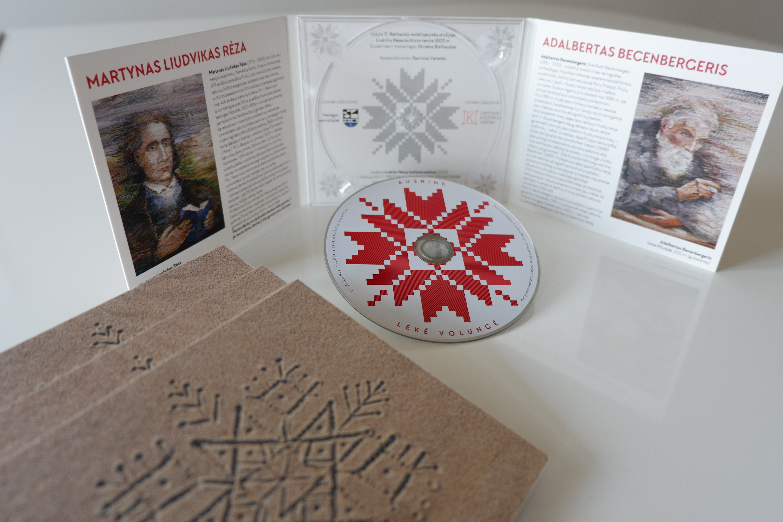 """Folkloro ansamblio """"Aušrinė"""" kompaktinė plokštelė   Liudviko Rėzos kultūros centro nuotr."""
