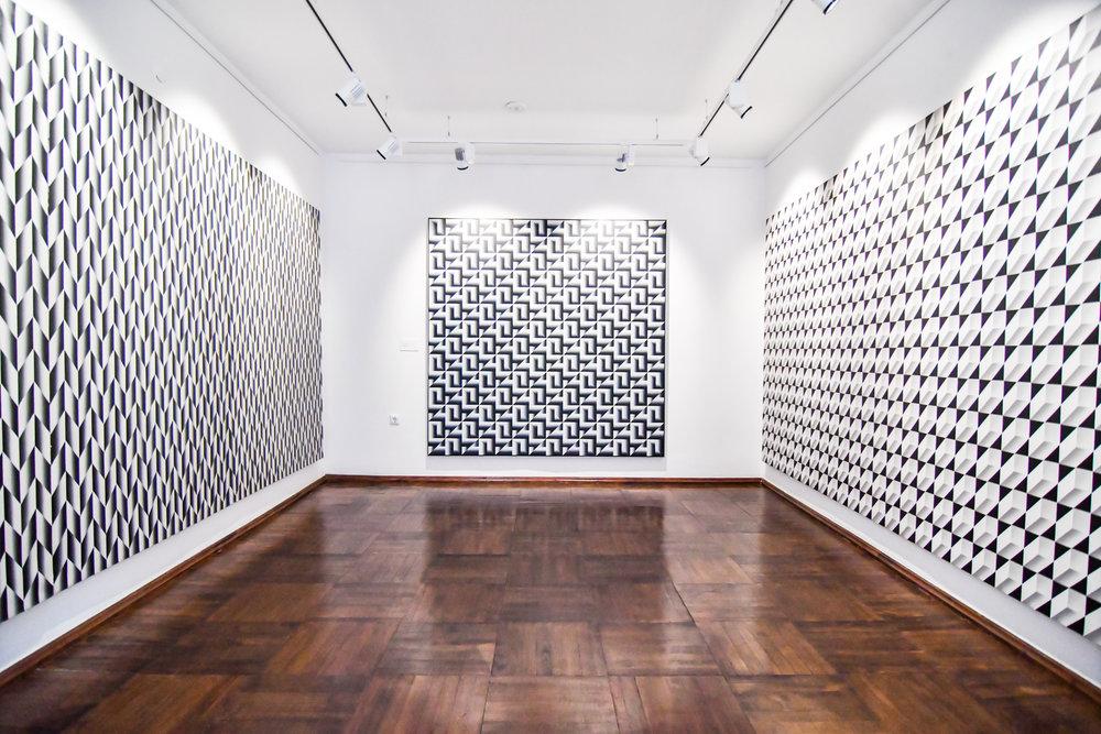 Optinio meno meistro K. Varnelio darbai. Ekspozicijos salė   E. Čingos nuotr.