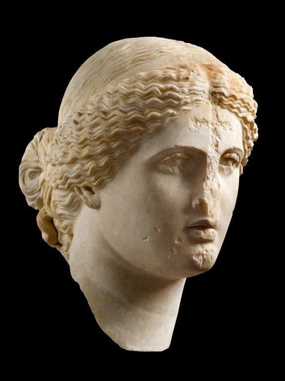 Krikščionių išniekinta senovės graikų grožio ir meilės deivės Afroditės skulptūra | Nacionalinio archeologijos muziejaus Atenuose nuotr.