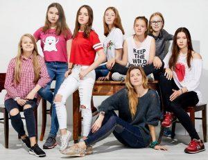Eglė su mergaitėmis | Pix studijos nuotr.