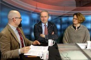 Vitalijus Balkus, žurnalistas Tomu Čyvas ir istorikė profesorė Rasa Čepaitienė | varpine.org nuotr.