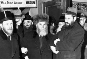 Žydų bendruomenės centre gyvenusį rabiną Šnejersoną aplankė Lietuvos pasiuntinys Vokietijoje (tuo metu tai buvo K. Škirpa) ir išdavė jam tranzitinę Lietuvos vizą | valstietis.lt nuotr.
