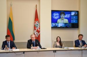 G. Nausėdos pokalbis si TVF ekpertais | prezidentas.lt