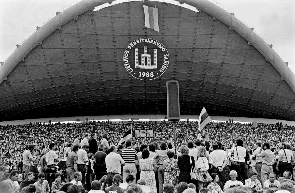 1988 m. Sąjūdžio mitingas Vingio parke | V. Daraškevičiaus nuotr.