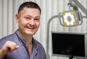Gydytojas implantologas Dainius Karpavičius | Asmeninė nuotr.