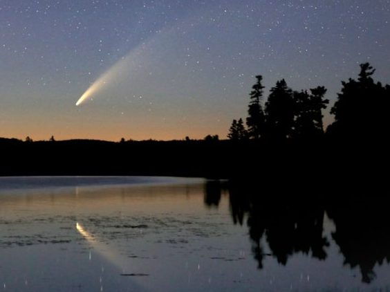 comet-NEOWISE-Bob-King-Duluth-MN-jul11-2020-e1594639393157-earthsky_org_nuotr