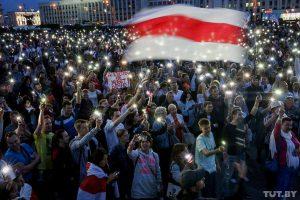 Baltarusijoje tęsiasi šalies piliečių pasipriešinimas diktatoriaus Aleksandro Lukašenkos režimui   TUT.by nuotr.