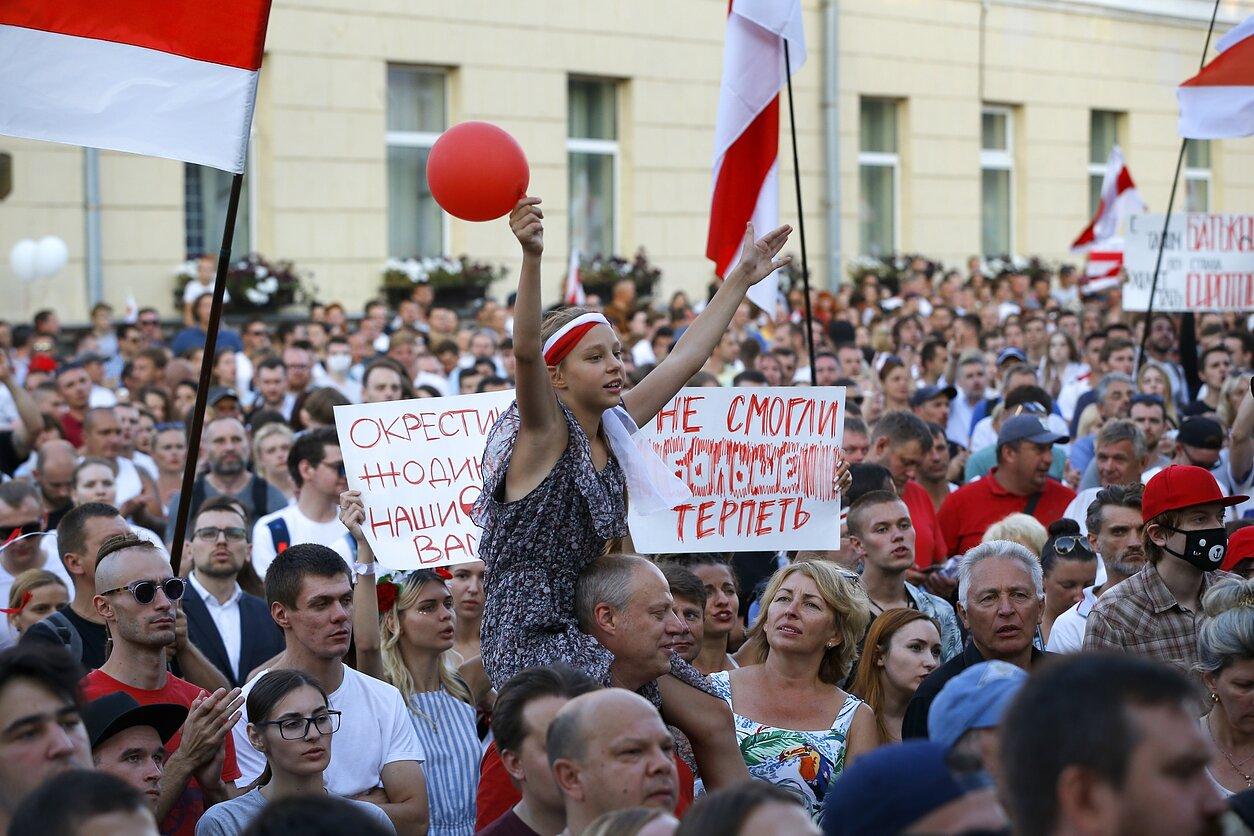 Hamburge lietuviai susirinko palaikyti baltarusius | Akcijos rengėjų nuotr.