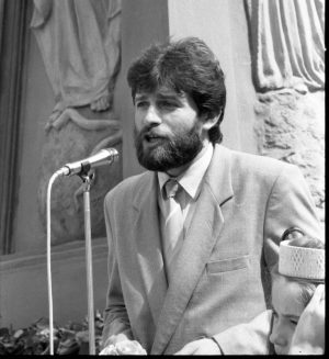 Darius Kuolys, 1990 liepa. Švėkšna.   Bernardo Aleknavičius nuotr.