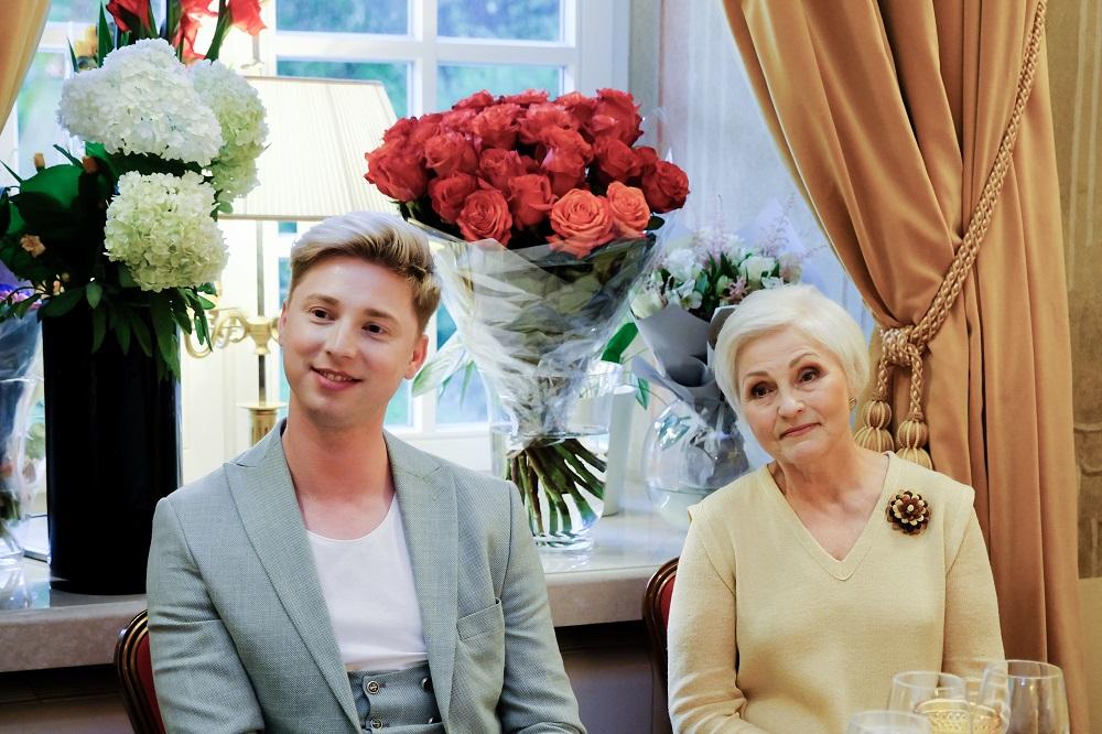 Naujasis gimnazijos direktorius Rytis Komičius ir buvusi direktorė Danute Bronė Puchovičienė | VVDG nuotr.