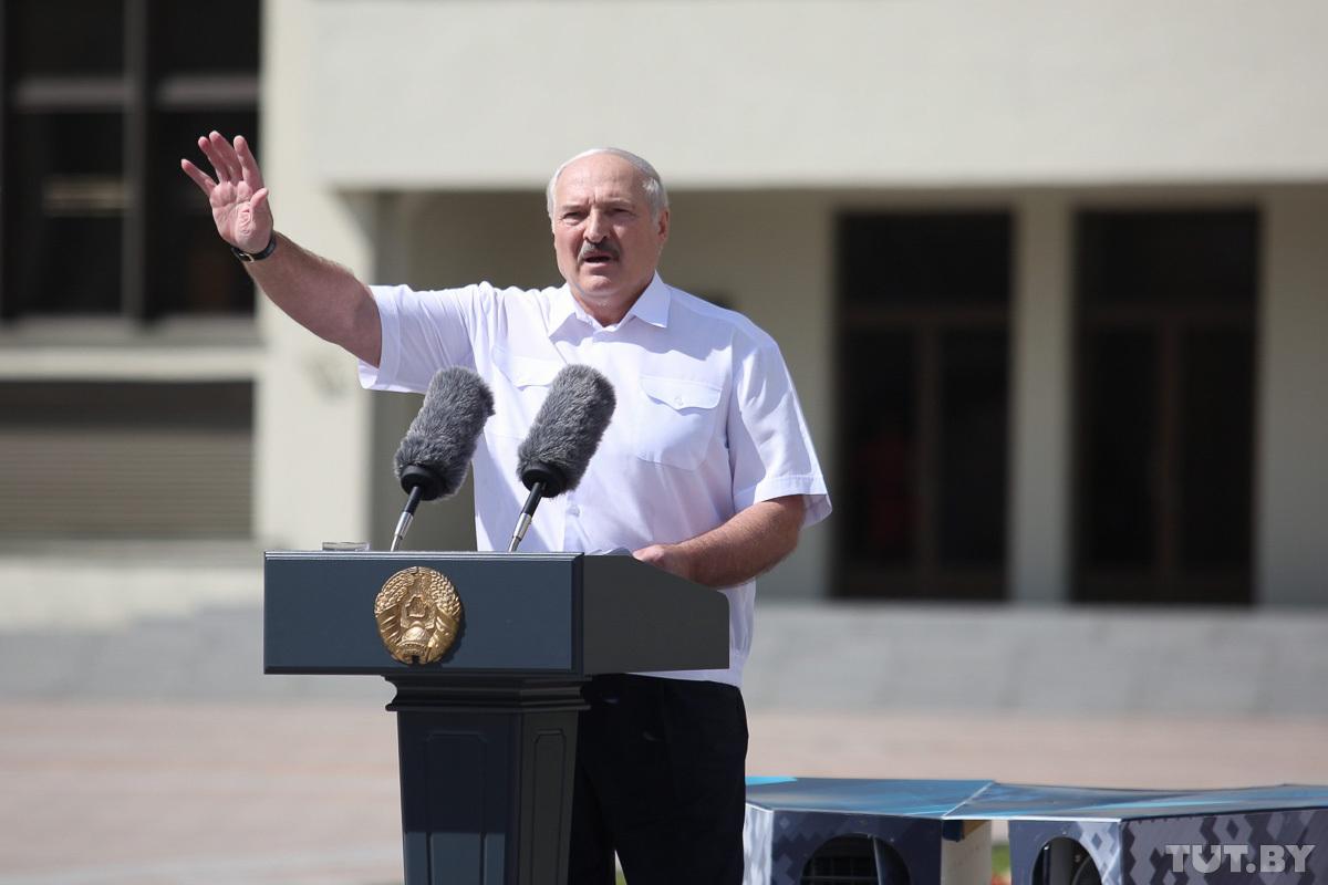 Aleksandras Lukašenka kalba savo palaikytojų mitinge Nepriklausomybės aikštėje Minske | TUT.by nuotr.