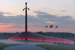 Kryžkalnyje atsiras pagarbos ir padėkos ženklas kovotojams už Lietuvos nepriklausomybę | lrv.lt nuotr.
