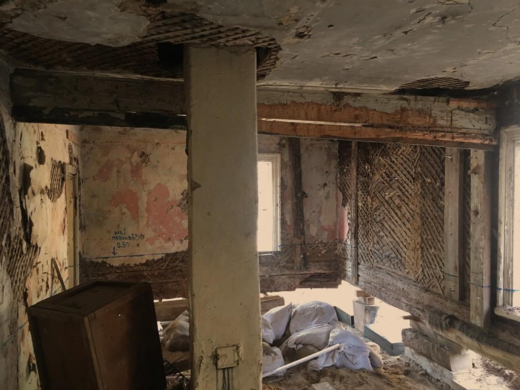 """""""Specialistai atsako"""": medinių pastatų priežiūros pradmenys   """"Heritas"""" nuotr."""