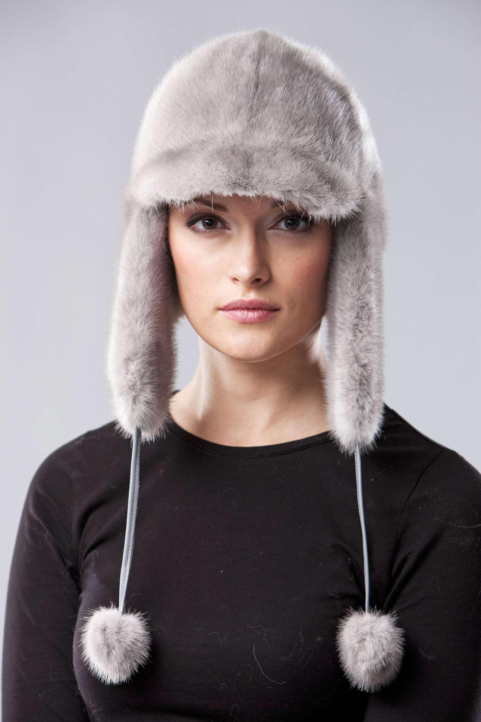 Audinės kailio moteriška kepurė   fur.lt/kepures nuotr.