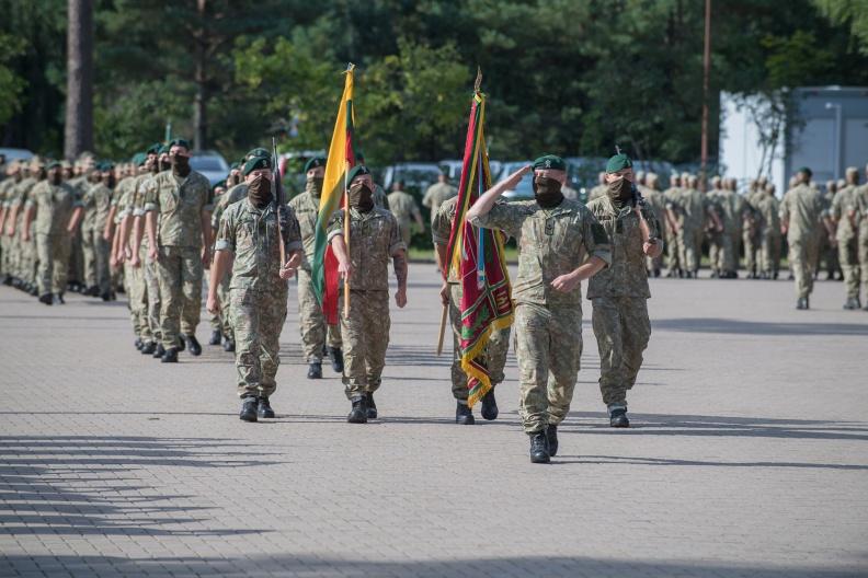 Lietuvos kariuomenė džiaugiasi naujomis kareivinėmis   Alfredas Pliadis, KAM nuotr.