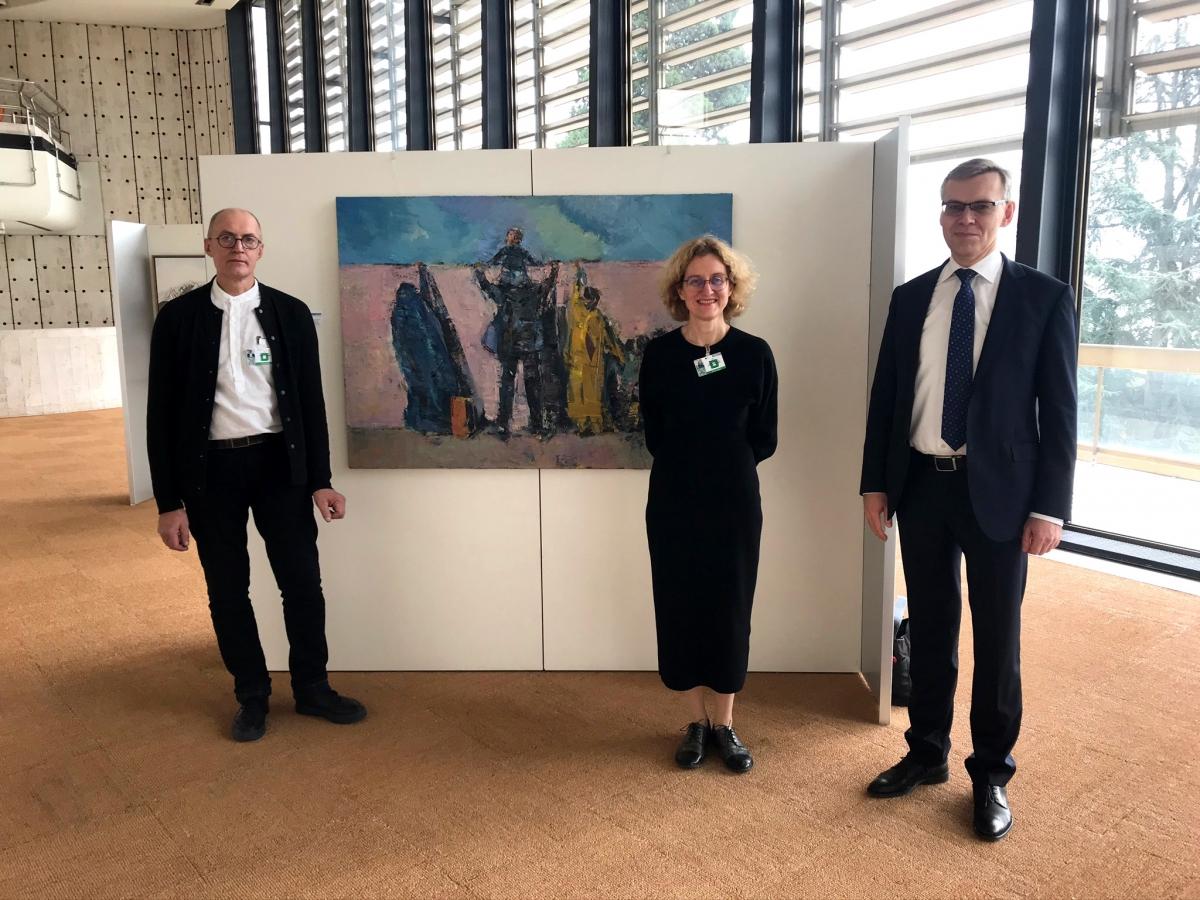 JT varžytuves laimėjusi Lietuvos menininkė pristatė savo kūrinį Ženevos Tautų rūmuose   urm.lt nuotr.