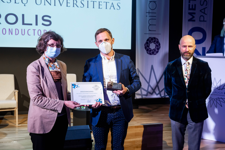 Apdovanoti išradėjai: dėmesio centre – adatą pakeisiantis lazeris ir skausmo pleistrai | Lietuvos sveikatos mokslų universiteto nuotr.