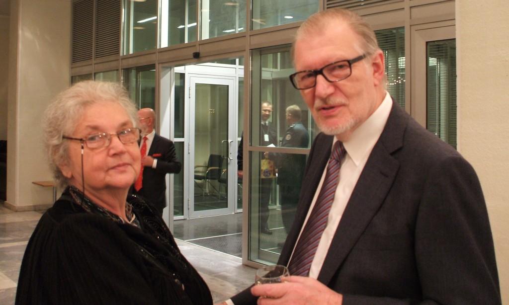 Rusijos mokslų akademijos Slavistikos instituto profesorė habil. dr. Tatjana Civjan ir Juozas Budraitis   M. Zavjalavos nuotr.