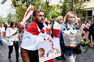 Vilniečiai surengė Baltarusijos protestuotojų palaikymo eisena | Alkas.lt, J. Česnavičius