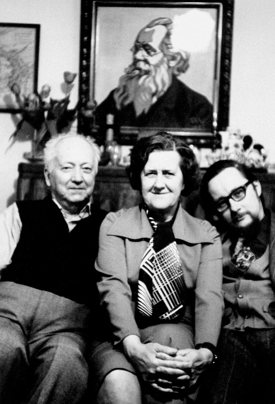Rimutė Rimantienė su pubroliu Vytautu Landsbergiu (dešinėje) ir dėde Vytautu Landsbergiu Žemkalniu (kairėje), 1983 m. | Asmeninė nuotr.
