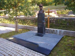 Paminklas Adolfui Ramanauskui-Vanagui | Rengėjų nuotr.