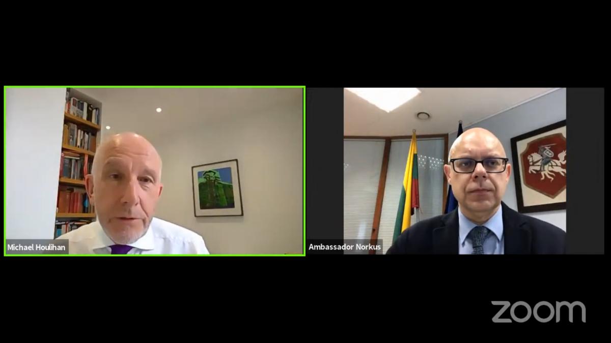 Pokalbis su Lietuvos ambasadoriumi Jungtinėje Karalystėje Renatu Norkumi | urm.lt nuotr.