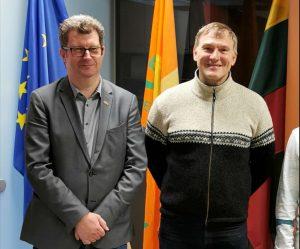 Iš kairės į dešinę: Siarhejus Antusevičiush ir Ričardas Garuolis | lps.lt nuotr.
