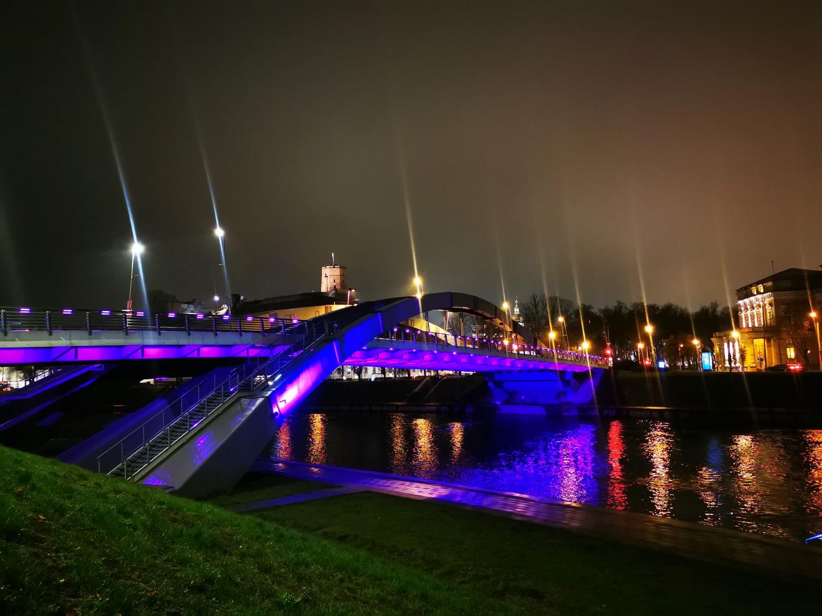 """Karaliaus Mindaugo tiltas   """"Neišnešiotuko"""" nuotr."""