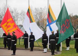 Lietuvos kariuomenės dienos proga pagerbtos visų keturių Lietuvos kariuomenės pajėgų vėliavos | kam.lt nuotr.