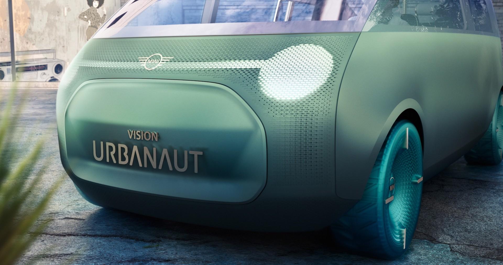 """MINI Vision Urbanaut"" automobilis | ""Krasta Auto"" nuotr."