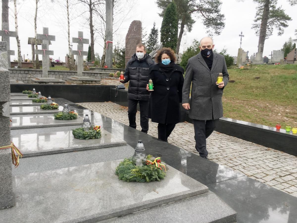 Pagerbti Lietuvos savanoriai Seinuose1_urm.lt