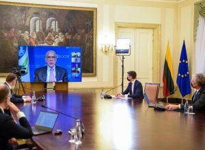 Nuotolinis pokalbis Prezidentūroje | prezidentas.lt nuotr.