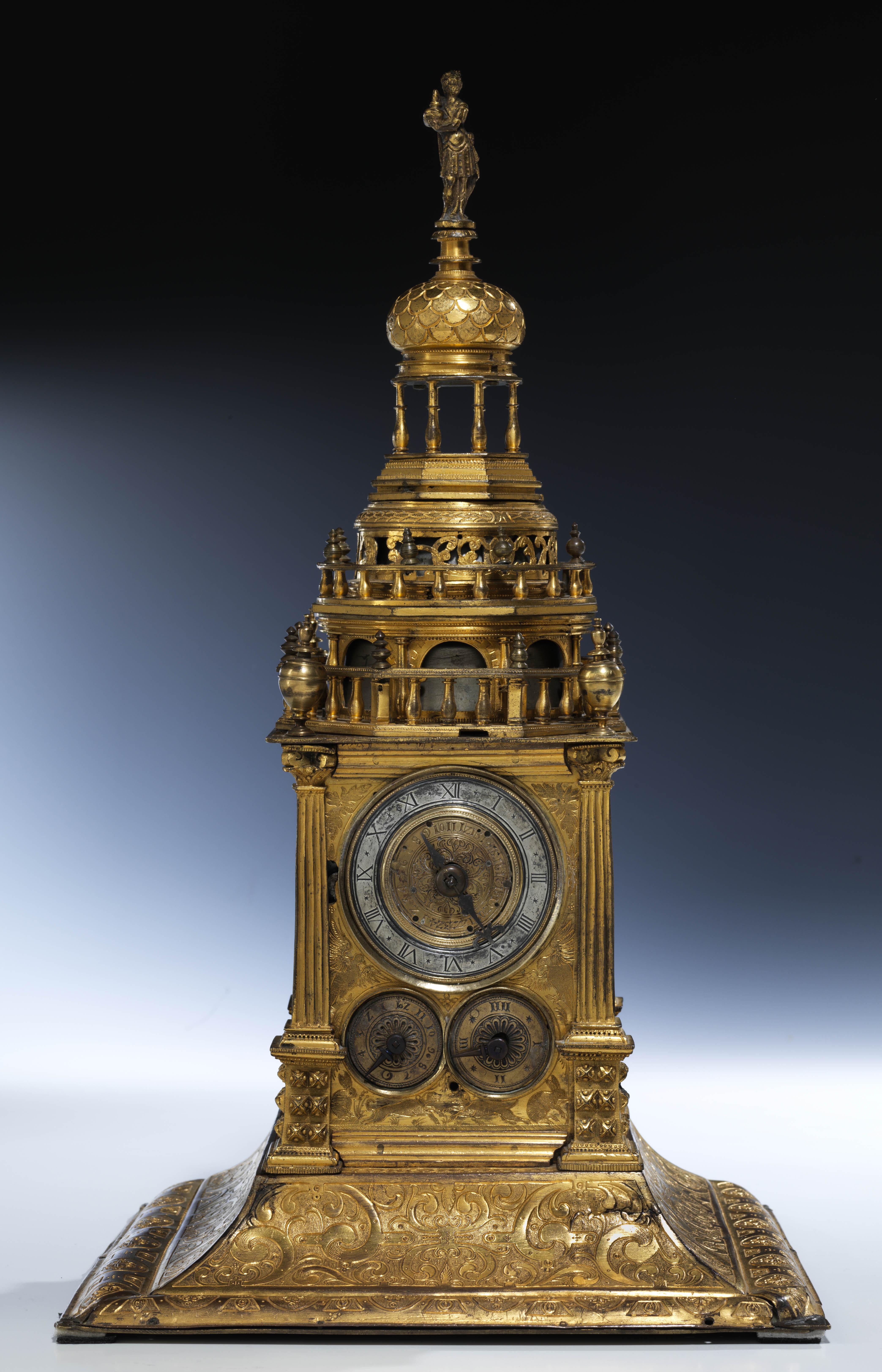 XVI a. stalinis bokšto pavidalo laikrodis | Valdovų rūmų muziejus, D. Avižinio nuotr.