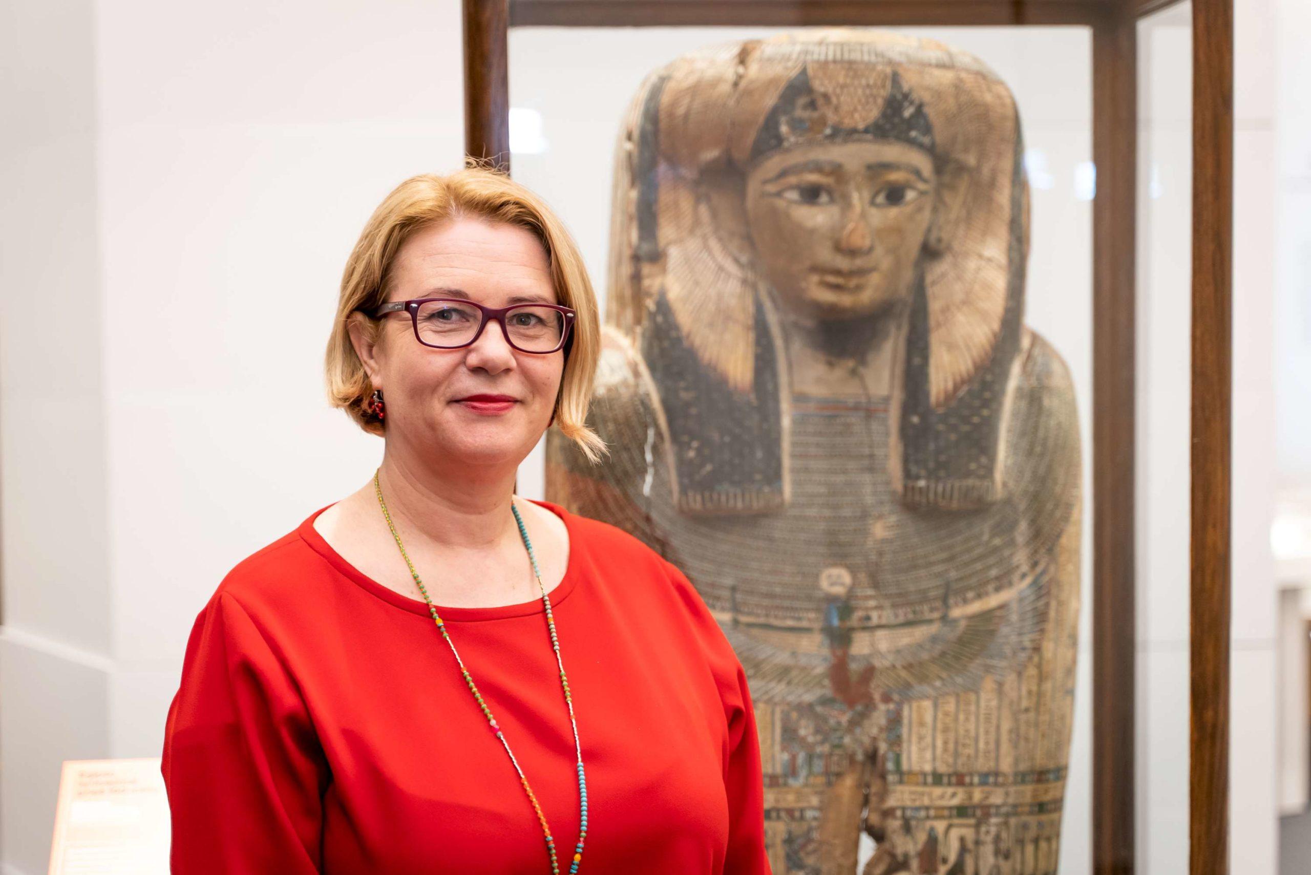 Muziejaus direktorė Rūta Kačkutė sako, kad Istorijų namuose lankytojas yra kviečiamas pažinti istoriją visapusiškai | LNM, S. Samsono nuotr.
