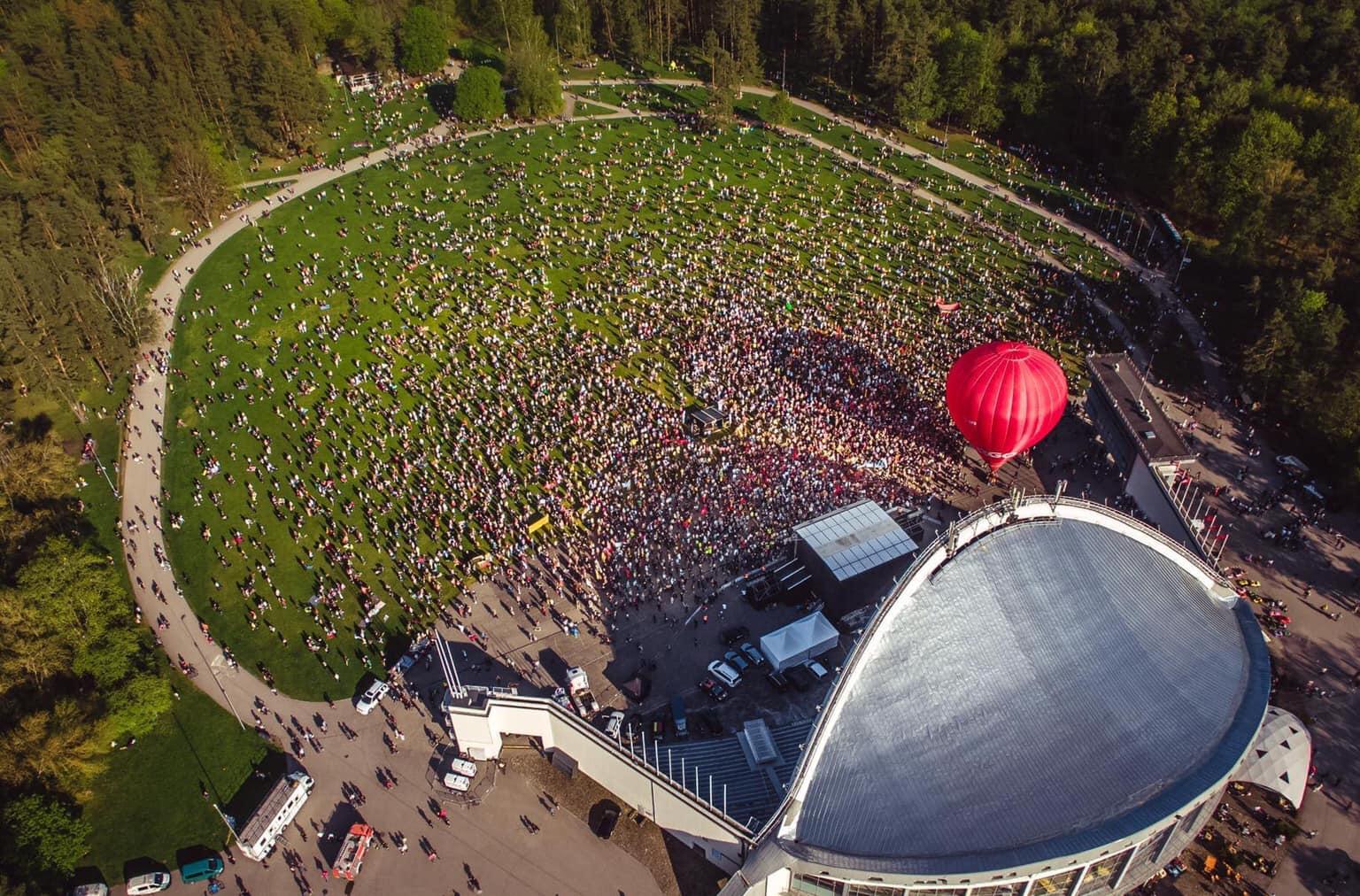 Šeimos gynimo maršo mitingas Vingio parke 2021-05-15 | facebook.com, A. Strumiliėnės nuotr.