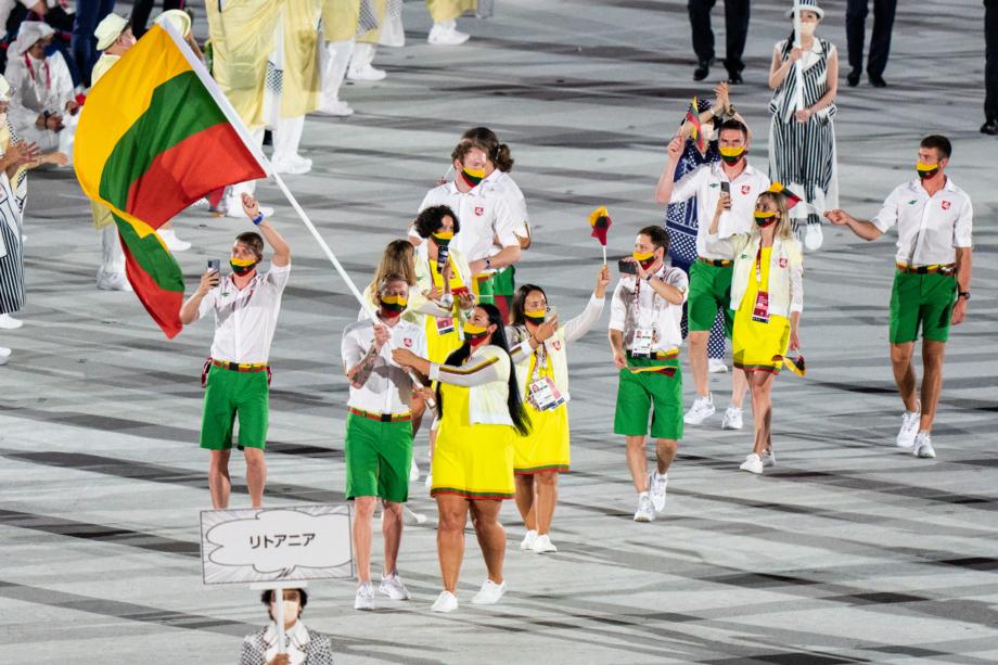 Lietuva Tokijo olimpinių žaidynių atidaryme | Kipro Štreimikio nuotr.
