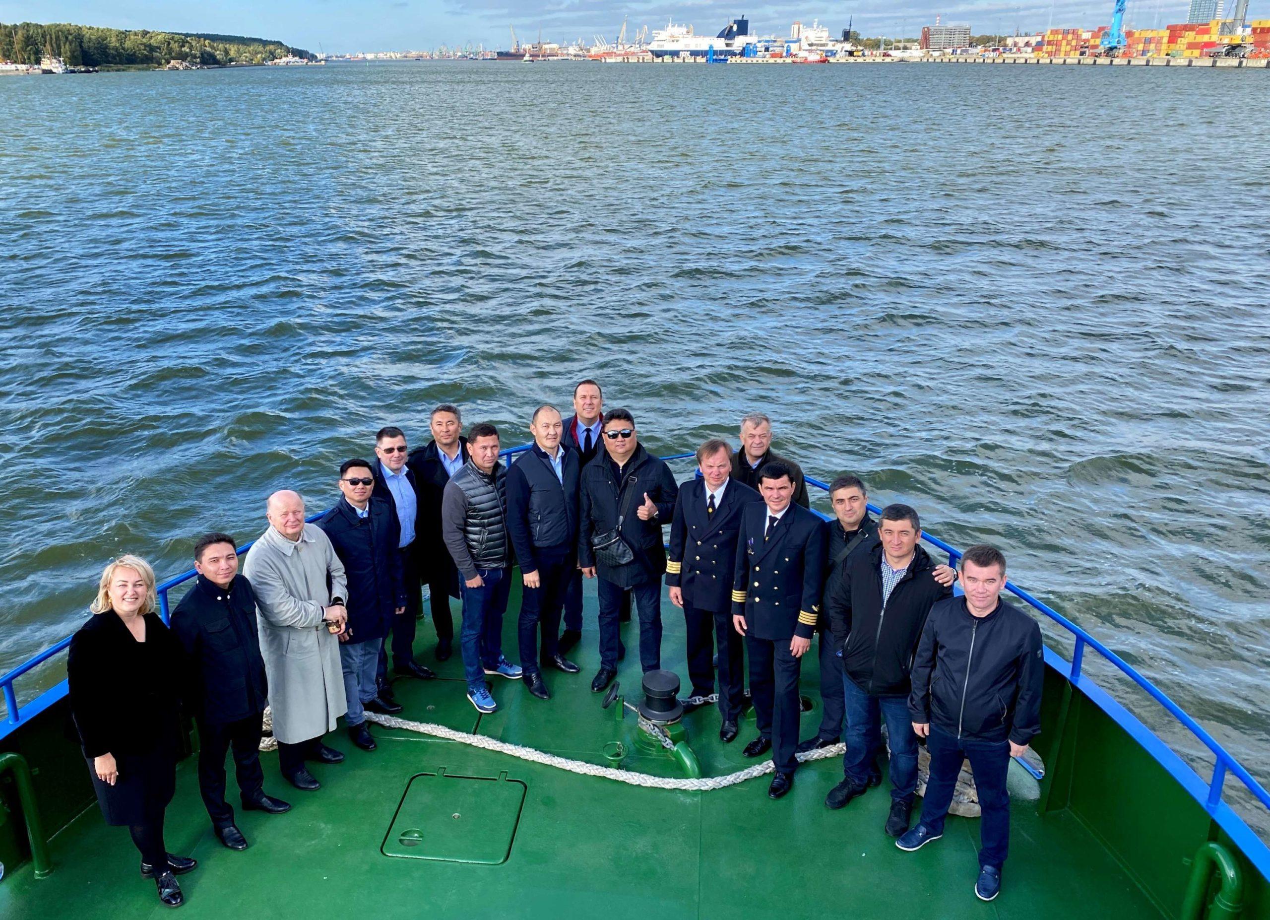 Klaipėdos uoste – svečiai iš Kazachstano ir Uzbekistano   rengėjų nuotr.