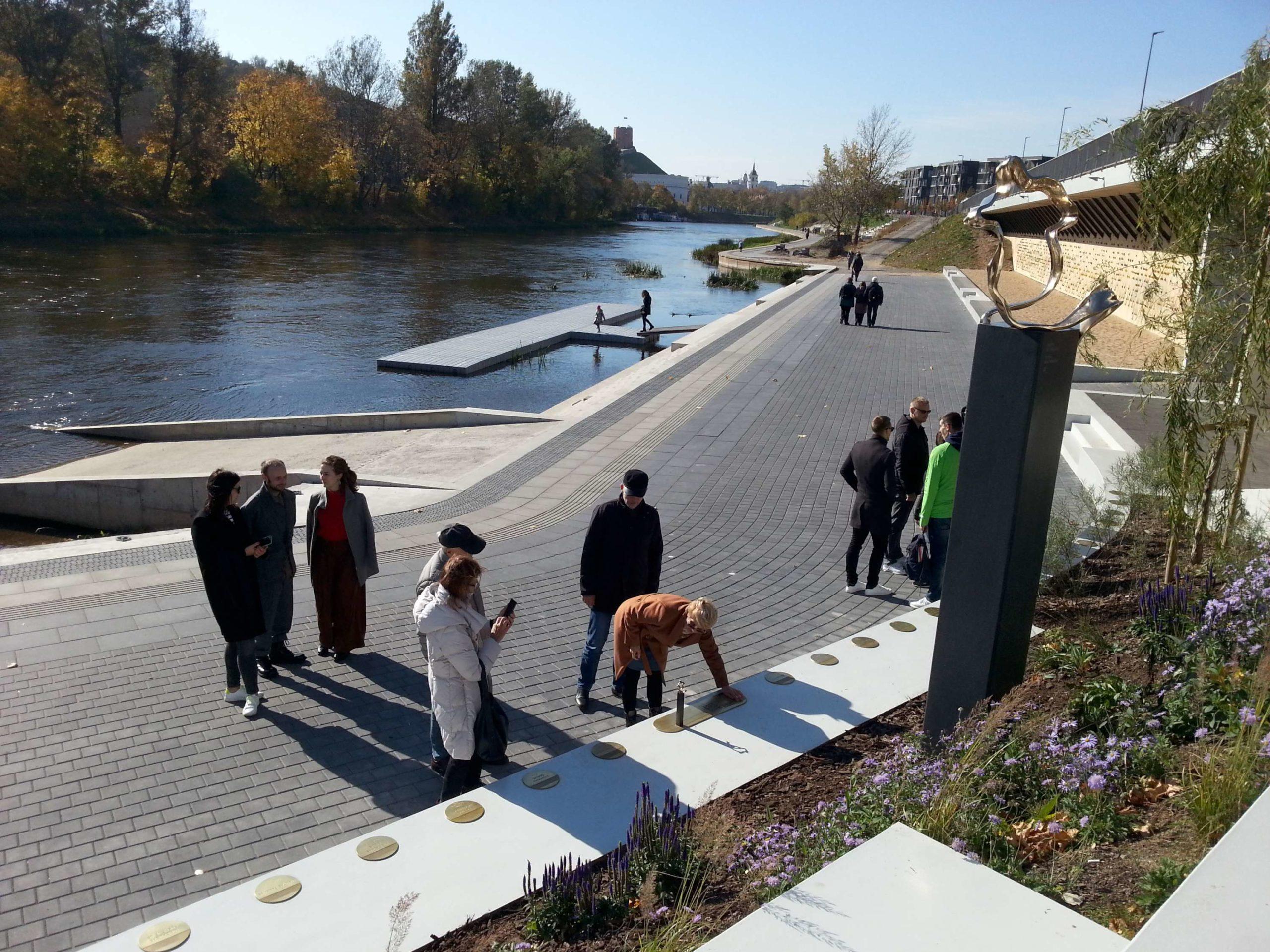 Vilniuje atidengta skulptūra skirta paraolimpečiams pagerbti | rengėjų nuotr.